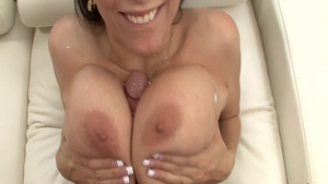 Large boobs Gianna Michaels has a taste for hard pounding