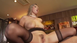 Big ass and young Daria Glover blowjobs