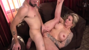 Busty MILF Ryan Conner goes in for loud sex