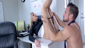 Arab India Summer creampied in office