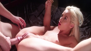 Elsa Jean rough pussy eating XXX video