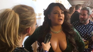 Big tits latina pornstar goes for rough nailing HD