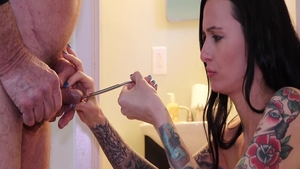 Inked raw threesome in shower