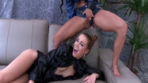 Real sex together with Crystal Gold & Alexis Crystal