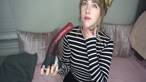 Amateur softcore playing with toys live on webcam