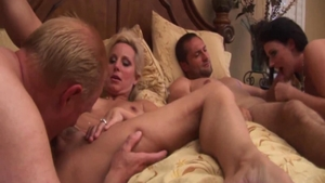 Busty MILF Sophie Dee goes for group sex