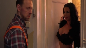 Ramming hard along with mature Veronica Avluv