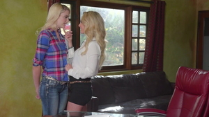 Isabelle Deltore wearing jeans together with Kenna James