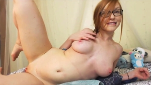 Orgasm live on webcam alongside young amateur wearing glasses