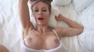 Huge boobs Nicole Aniston has a taste for sucking cock