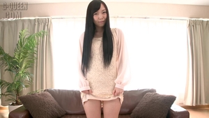Japanese amateur bends to get fucked HD