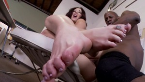 Stepmom Jayden Jaymes rough interracial pounding in office