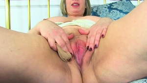 Masturbating starring very fat blonde haired