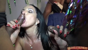 Big ass and very hot stepmom raw sucking cock