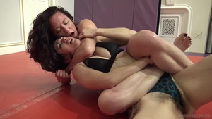 Lesbians pussy tribbing at the gym