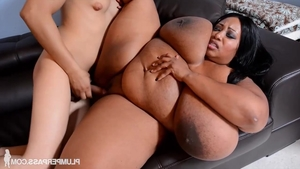 Ebony dick sucking HD
