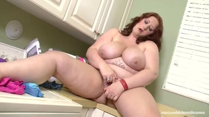 Big ass Reyna Mae goes in for real fucking