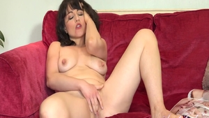 Large boobs babe masturbation