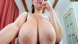 Very fat stepmom pussy fuck solo