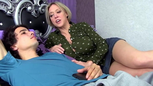 Reverse cowgirl young american HD