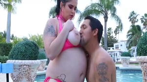 Blowjobs with large tits brunette