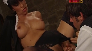 Brunette Erika Neri double penetration