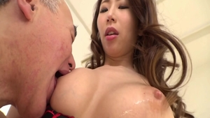 Huge boobs asian amateur digs sex scene