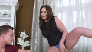 Mature Yasmin Scott rough creampie